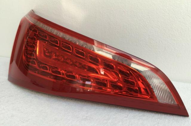Audi Q5 8R  8R0945093A LED Piloto trasero izquierdo Original