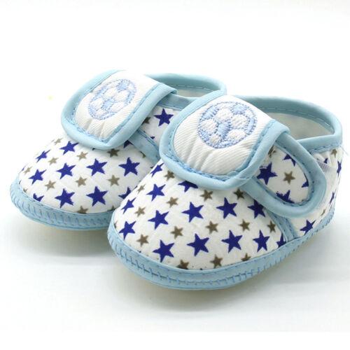 BABY BOYS FOOTBALL STARS PRAM SHOES//SLIPPERS 0-3 MONTHS