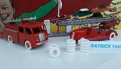 Lot de 24 Pneus Dinky toys 18//8  12 blanc 12 noir