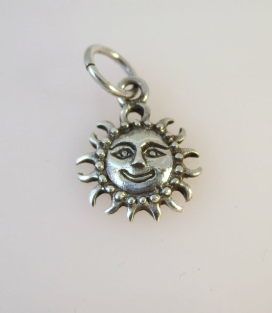 .925 Sterling Silver SMILING DETAILED SUN FACE CHARM NEW Pendant 925 MY05