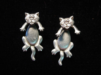 """/""""JJ/"""" Jonette Jewelry Silver Pewter /'Mouse in CAT/'s Mouth/' Pin"""
