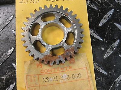 HONDA CB500 CB550 CL350 NOS 33T COUNTERSHAFT 3RD GEAR OEM 23461-286-030