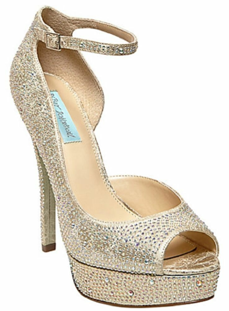 NIB Betsey Johnson Something bluee Ivy Ivy Ivy Rhinestone Pump in Champagne a9c6f3