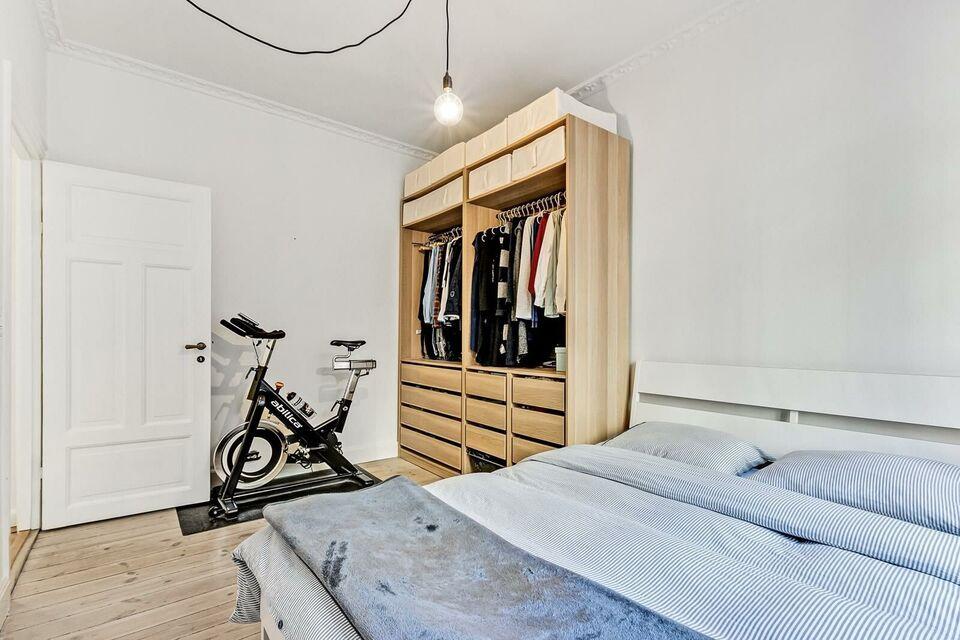 Dobbeltseng, Ikea Trysil, b: 160 l: 200 h: 400