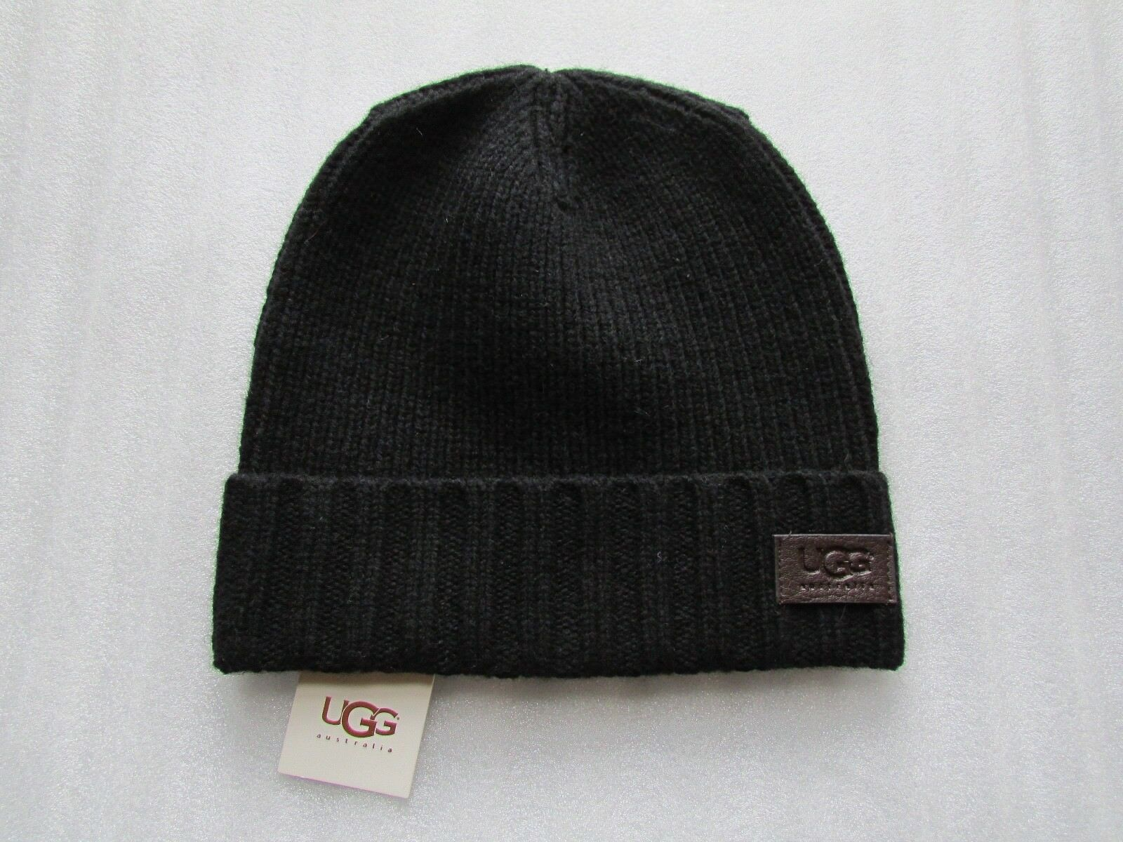 UGG Hat Ugg Cuff Knit Beanie Leather Ugg Hat Logo Black Wool O/S NEW f500d3