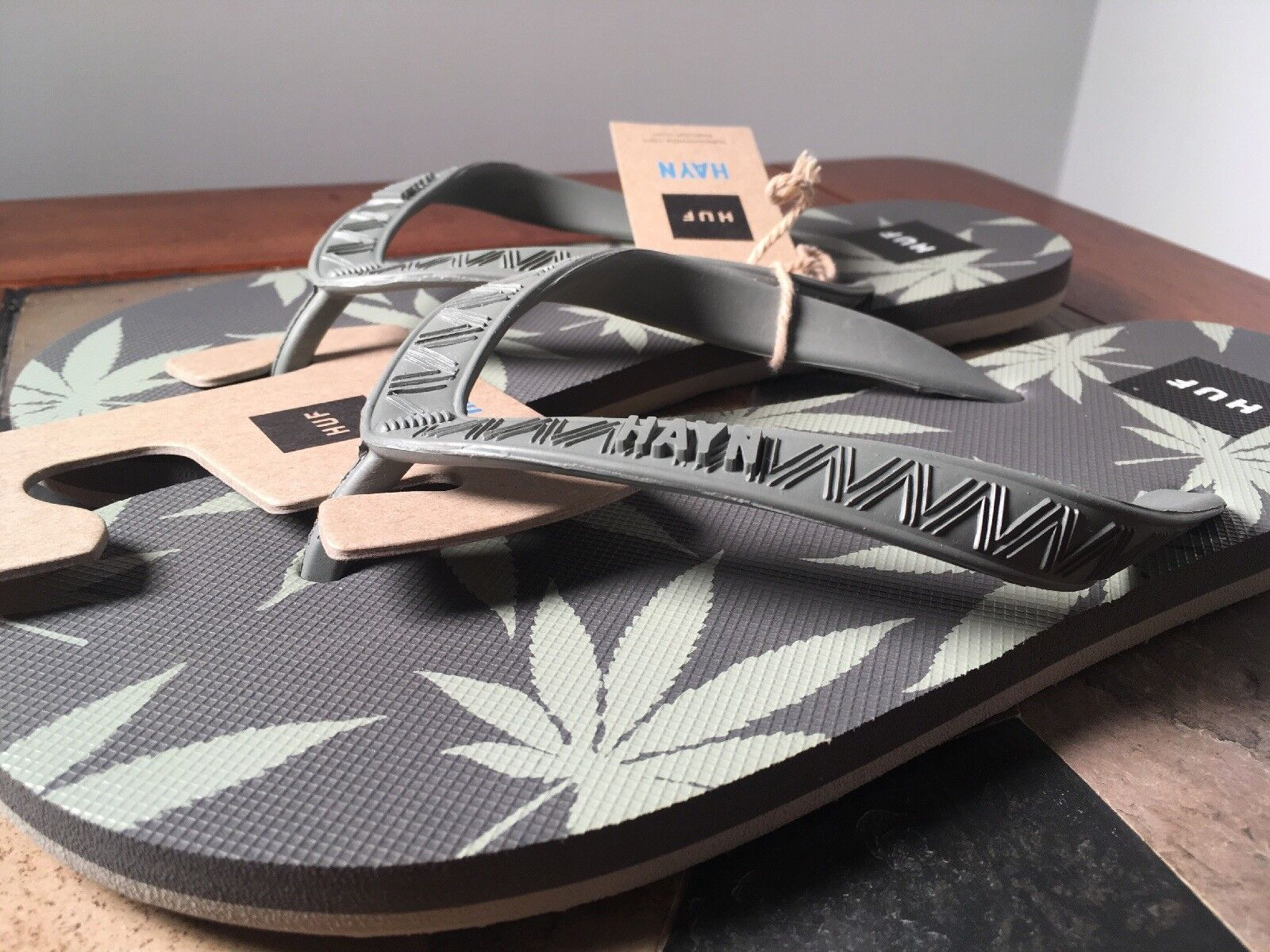 HUF X HAYN 420 grey sandals size 10 cannabis pot weed 710 joint fire flipflops