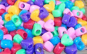 DICKY-BIRD-TOYS-25-HEART-SHAPED-BEADS-TOY-FREE-POSTAGE-ALL-ORDERS-50