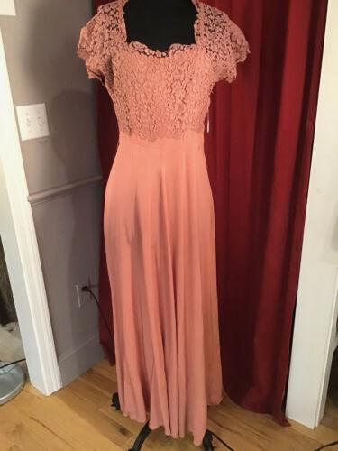 Authentic Vintage 1930s 1940s Rose Lace Dress Gown