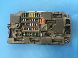 s l300 bmw mini one cooper s footwell fuse box (part number 61353453737 footwell fuse box at bakdesigns.co