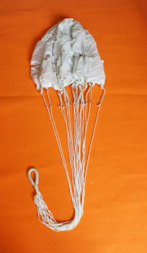 CHINESE MILITARY TACTICAL TOP SMALL PILOT PARACHUTE  0102