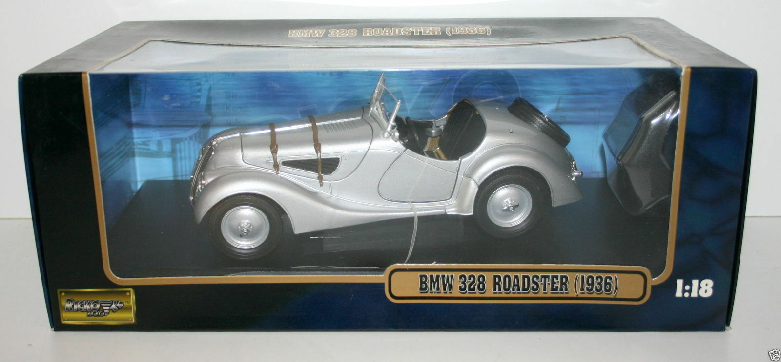 RICKO 1 18 32105 BMW 328 ROADSTER 1936 Silber