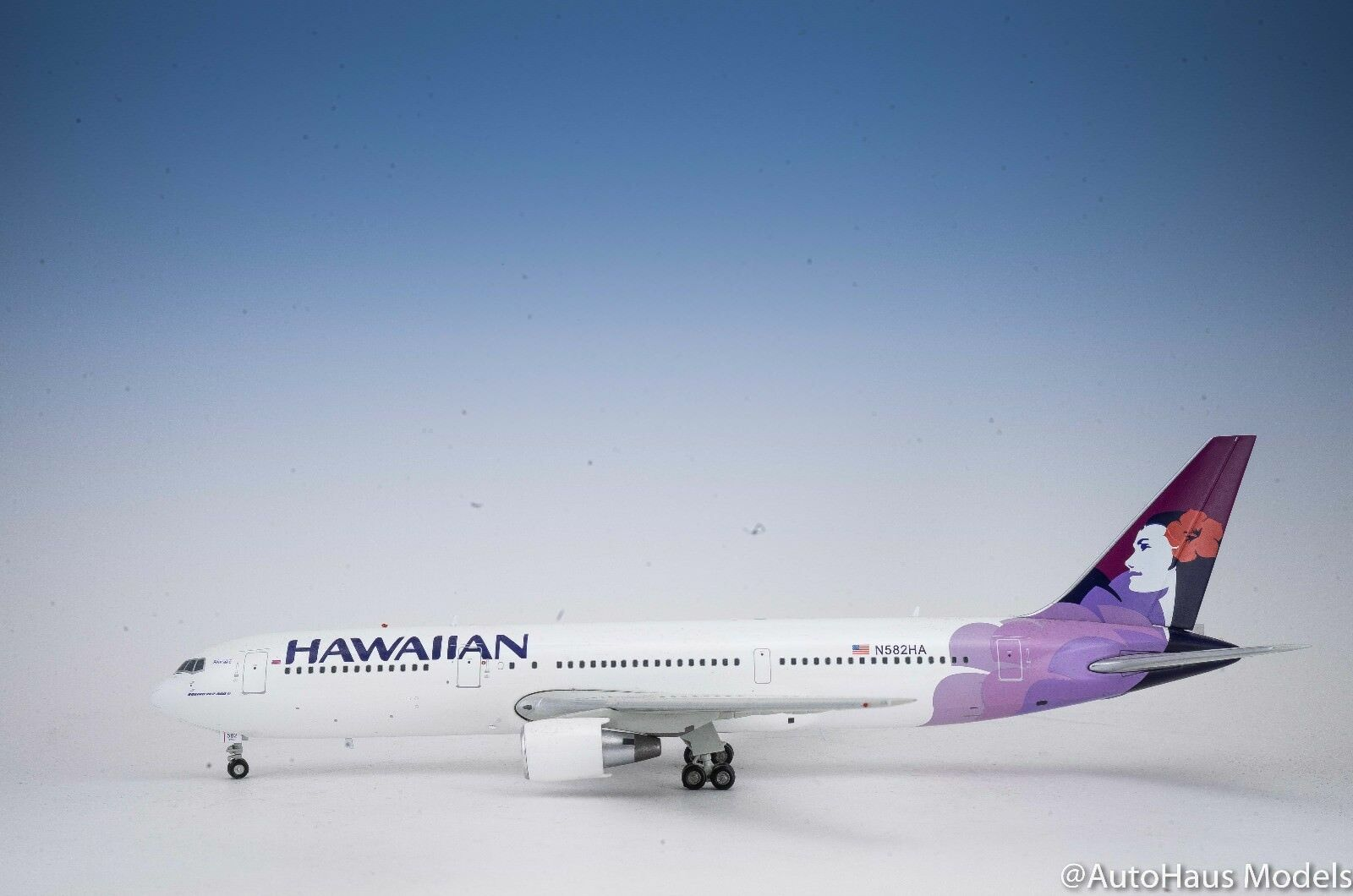 1 200 GEMINI200 Gemini Jets Hawaiian Hawaiian Hawaiian Airlines BOEING  B767-300ER SOLD OUT f4e034