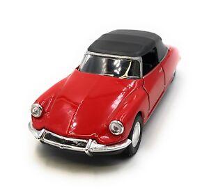 Maquette-de-Voiture-Citroen-DS-19-Voiture-Ancienne-Rouge-Auto-1-3-4-39-Licence