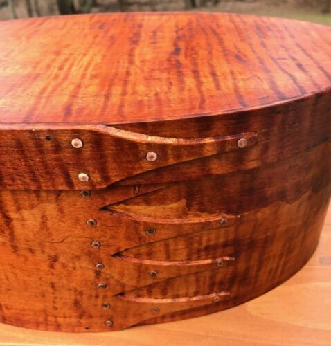 LARGE TIGER MAPLE SHAKER OVAL BOX ---SIZE # 7