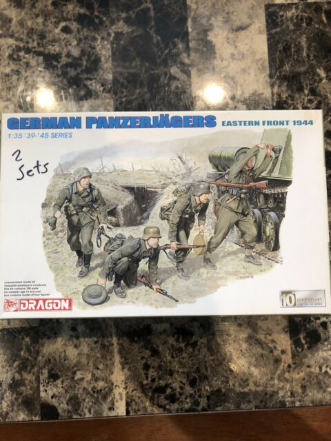 1/35 Dragon #6175 German Panzerjagers Eastern Front 1944