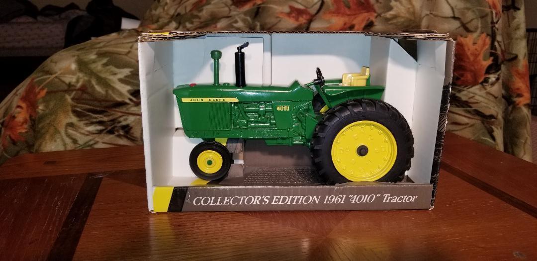 John Deere ERTL 1961  4010  Gaz Tracteur édition collector
