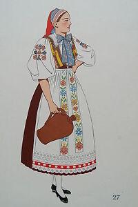 -2-5-27 Gravure Costume Jeune Femme Des Environs De Bratislava Tchécoslovaquie Une Large SéLection De Couleurs Et De Dessins