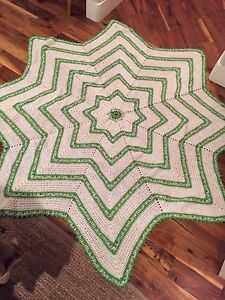 Vintage STAR CROCHETED AFGHAN~Handmade Knit Throw Quilt