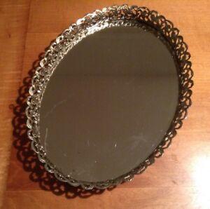 Vintage-Gold-Metal-Filigree-Oval-Vanity-Mirror-Perfume-Tray-13-5-034-x-9-5-034