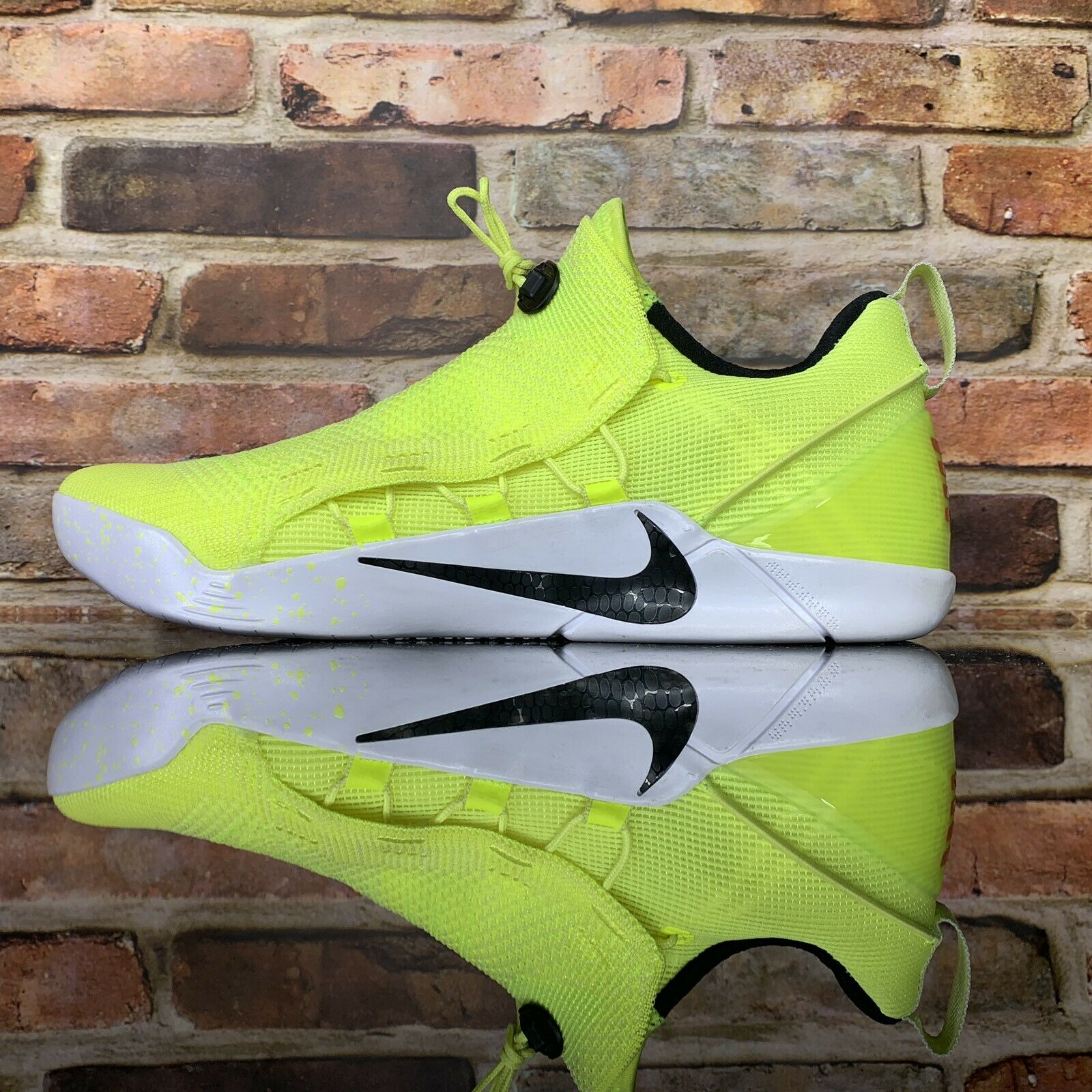 Nike Kobe Bryant Ad Nxt Hmd Basketball Hommes Taille 10 Volt Blanches Noires
