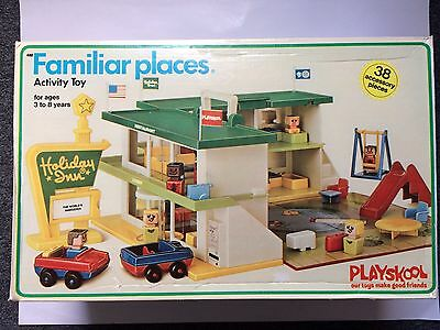 New 1974 Vtg PLAYSKOOL Familiar Places  HOLIDAY INN  in Box  Complete