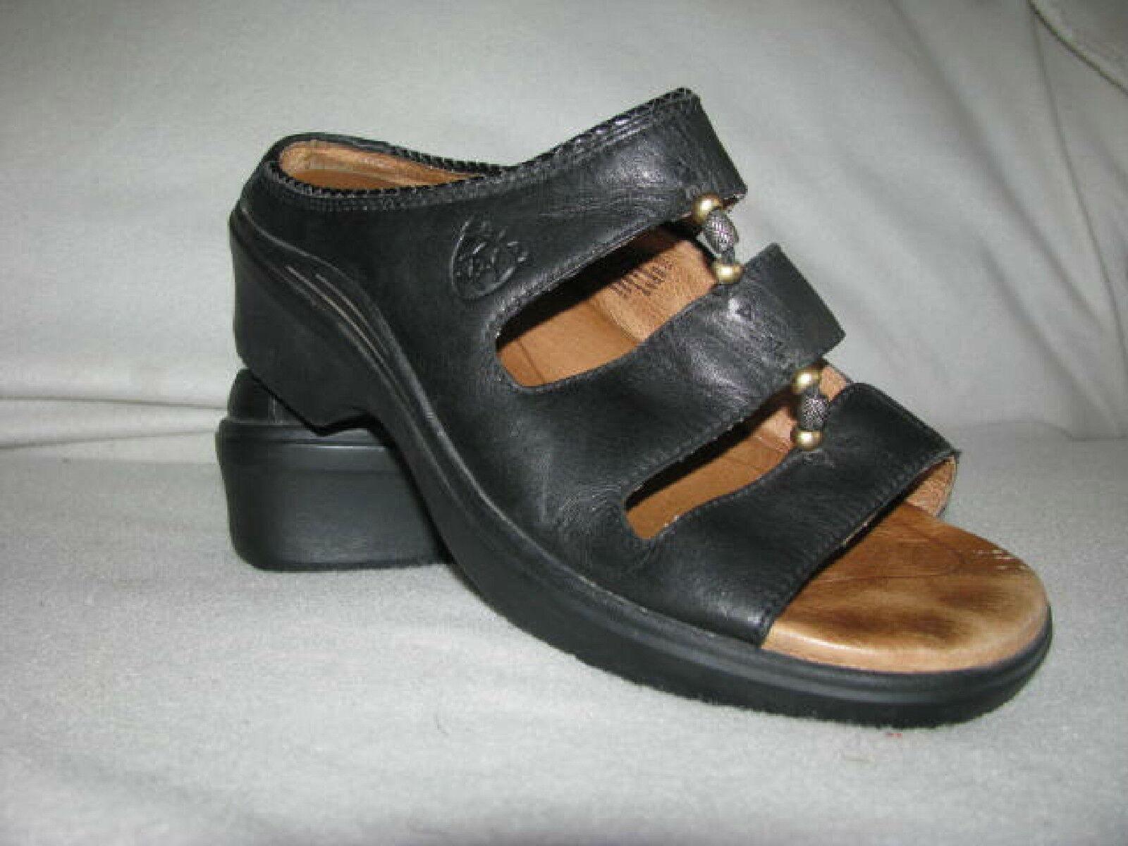 ARIAT 96205 WOM 9 B Black Leather 3 Strap Slip On Sandals Slides Comfort