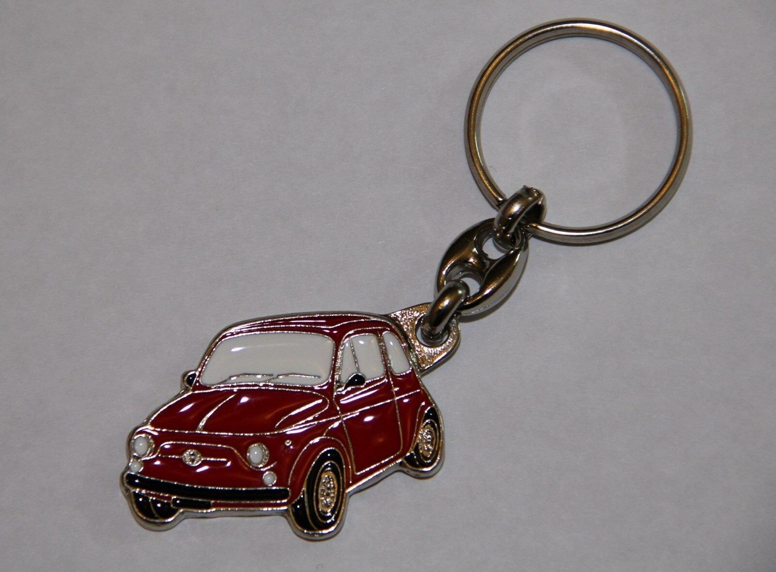CLASSIC FIAT 500 METAL KEYRING RED COLOUR - GOOD QUALITY - MORE COLOURS IN STOCK