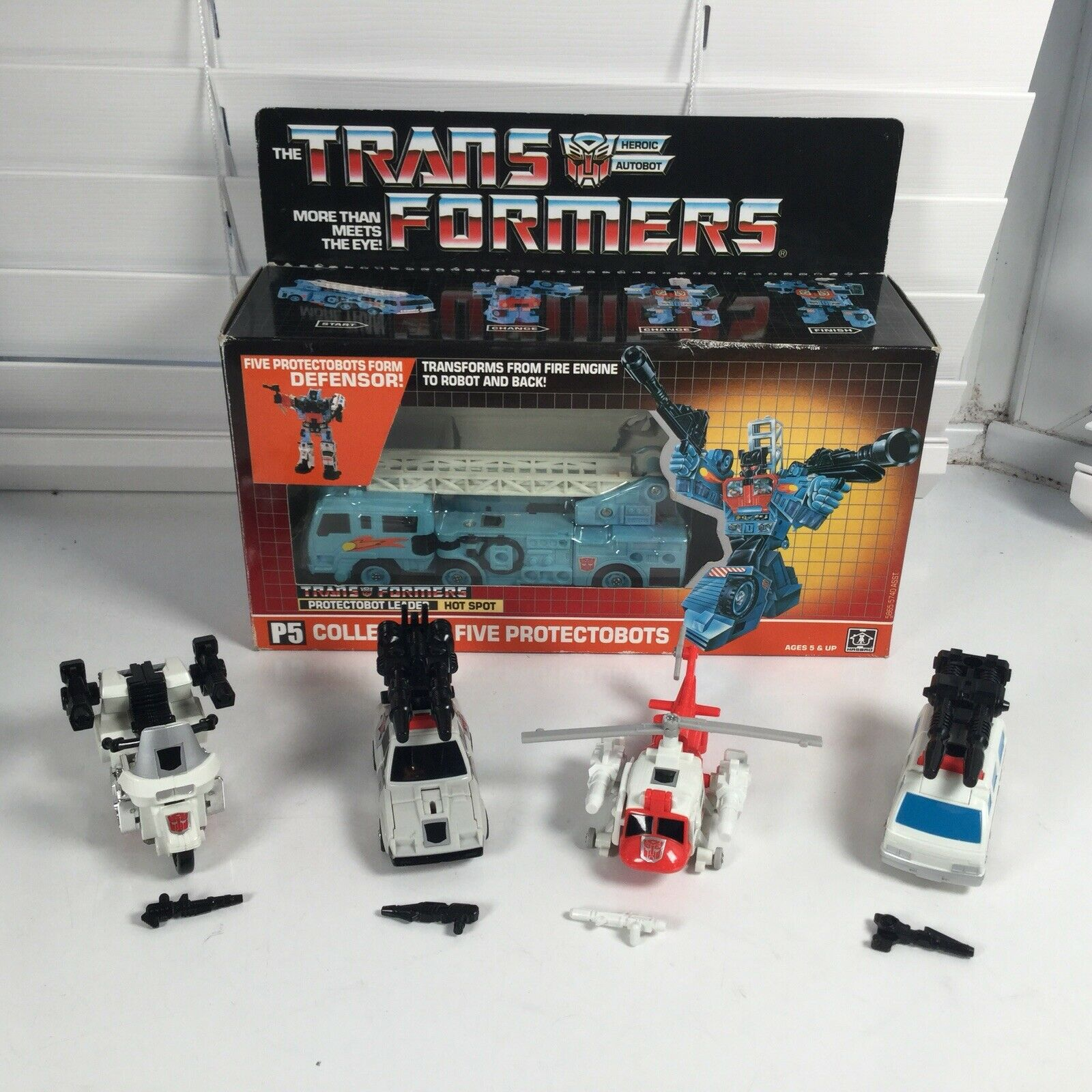 Hasbro G1 Transformers Hot Spot CIB & Defensor Action Figure Nr Complete