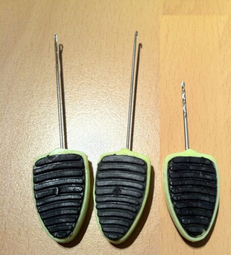 3 Green Stubby baiting tools for carp course
