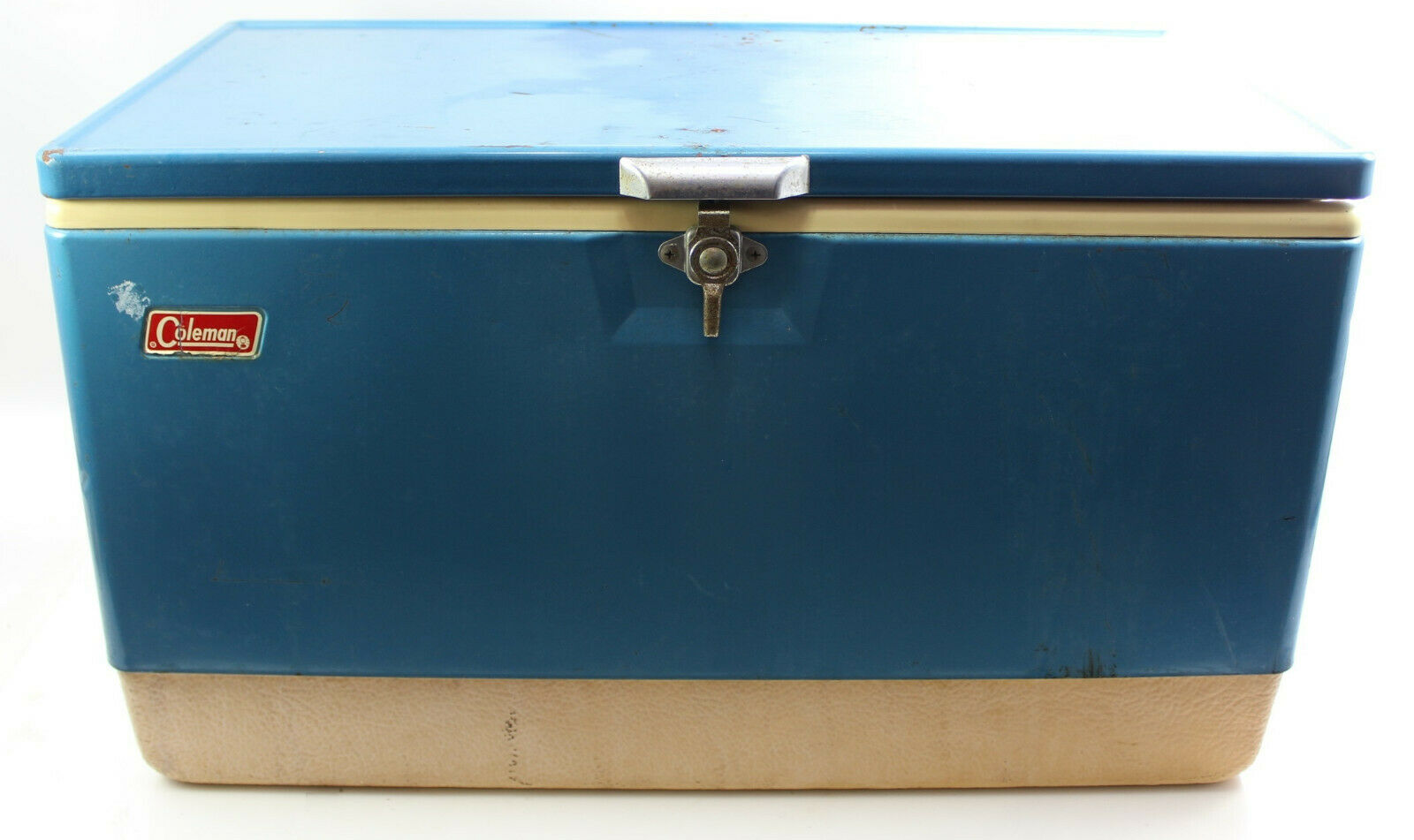Vintage 1970s Coleman XL Metal Cooler  Ice Chest Box bluee w  Bottle Opener 28   not to be missed!