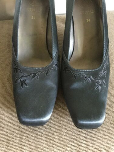 Satin K Formal By Embroidered Court Uk Steel Grey 5 Clarks Shoes Navy 3 PwqYEPB