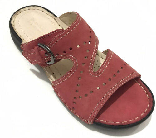 Ladies Leather Soft Summer Sandals Size 4