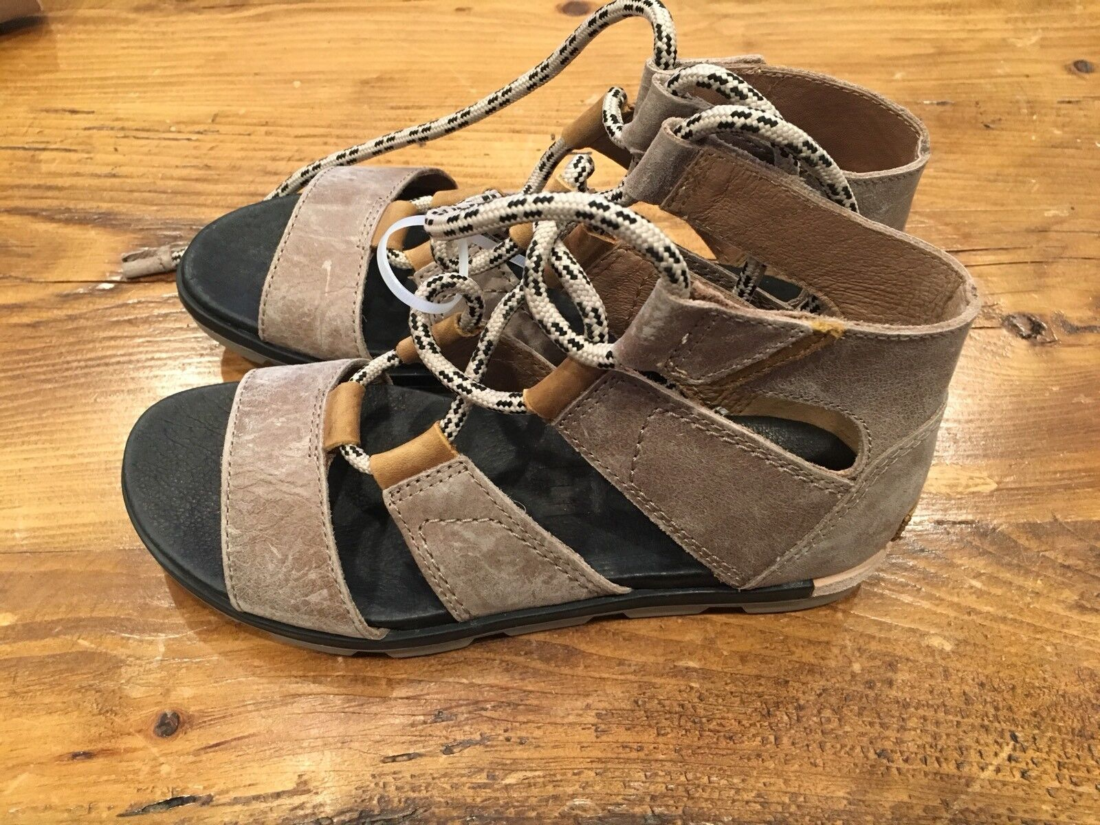 Women's Leather Torpeda Lace Sandals - Brand New Size 7