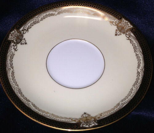 NORITAKE 4981 VALIERE FOOTED CUP /& SAUCER 8 OZ GOLD /& BLACK DESIGN ON EDGE