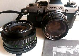 Appareil photo argentique OLYMPUS OM 10, 2 objectifs, flash, doc