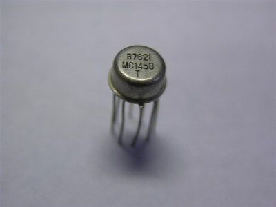 1 Vintage Signetics MC1458T Dual Operational Amplifier IC Metal Can T-Package