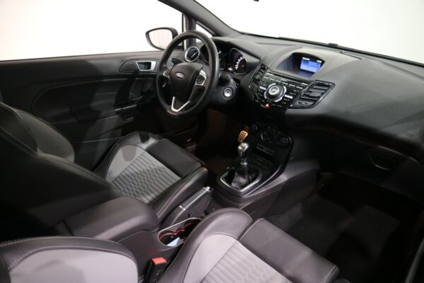 Ford Fiesta 1,6 SCTi 182 ST2 - billede 5