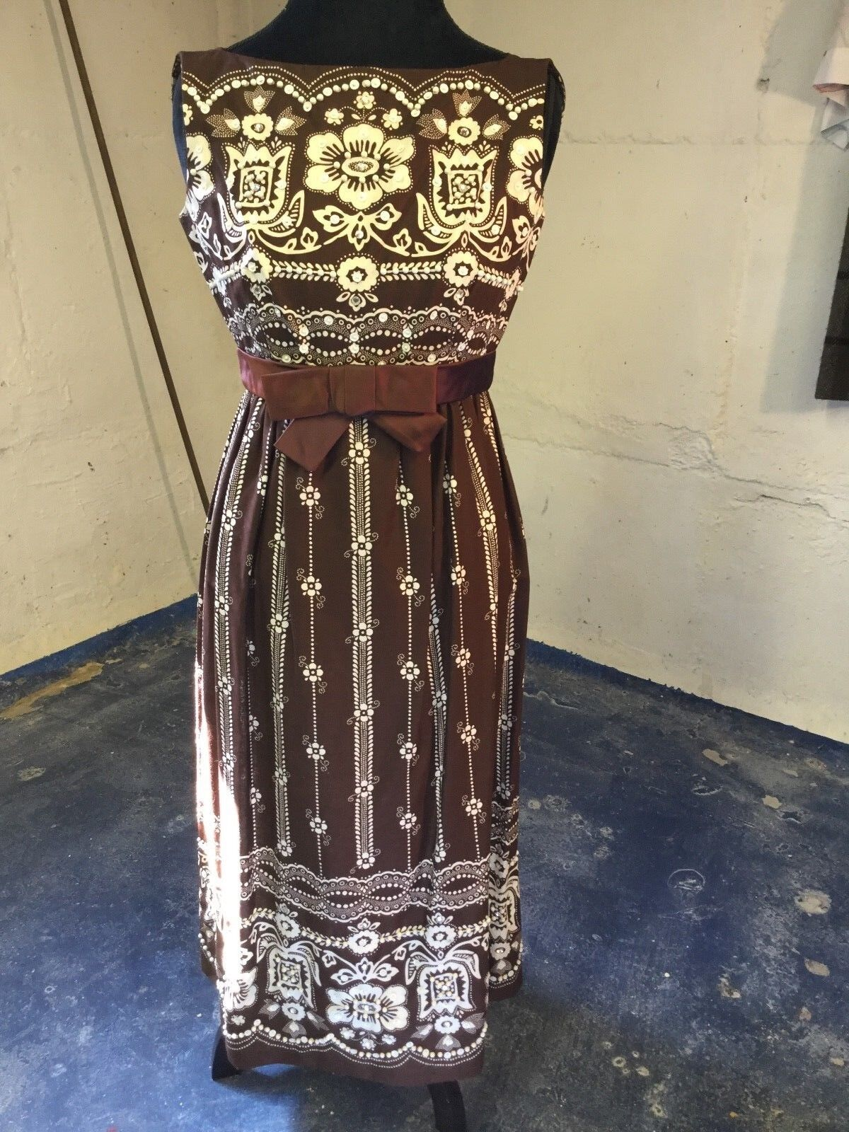 Vintage Magnificent Brown MIDI Dress with Pearls and Embellishments S
