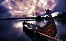 Incorniciato stampa-VIKING GUERRA saccheggiare navi ancorate (PICTURE POSTER combattimenti BATTAGLIA)