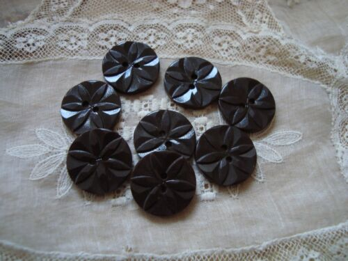 8 Brown   Raised Flower 1940/'s  Plastic Buttons