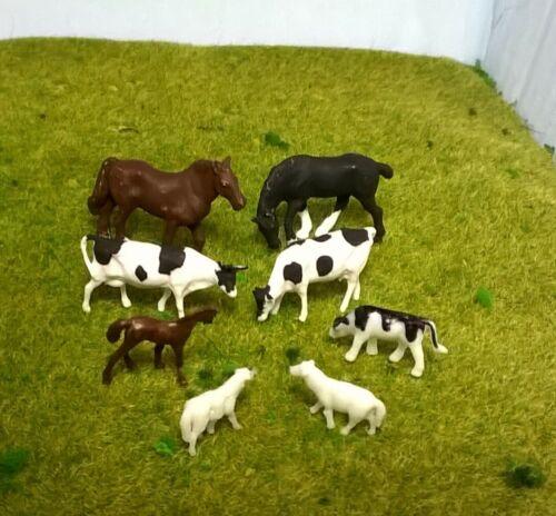 Cows Horses,Sheep 1:87 Scale HO//OO Gauge 00 Model Railway 8 Mixed Farm Animals