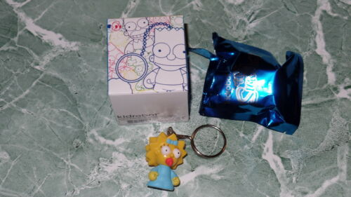"Kidrobot Keychains Series The Simpsons Maggie Simpson 1.5/"" 3D Vinyl Keychain Box"