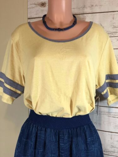 Lularoe Classic Outfit Perfect Nwt Beautiful Pc Xl Lola 2 T dqwxvA6