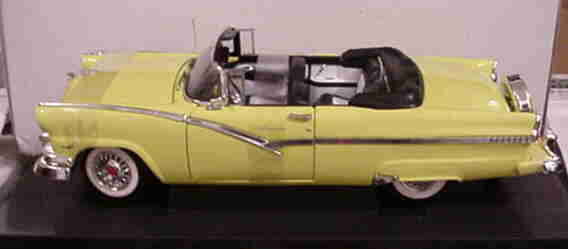 1956 Ford Sunliner jaune 2 car set 1 18 Ertl American Muscle 1046