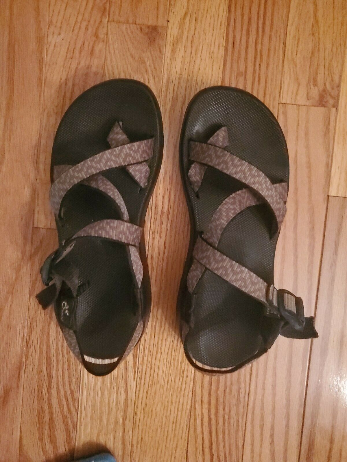 CHACO Women's Size 8 Strappy Sandals - image 8