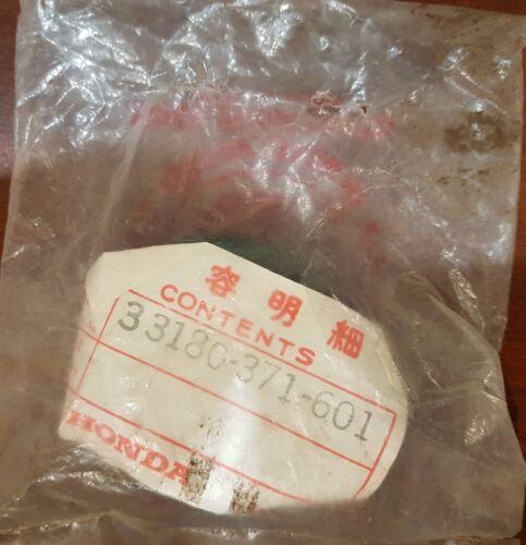 33180-371-601 NOS Bulb Cover Genuine Honda Discontinued GL1000 GL500 CX500