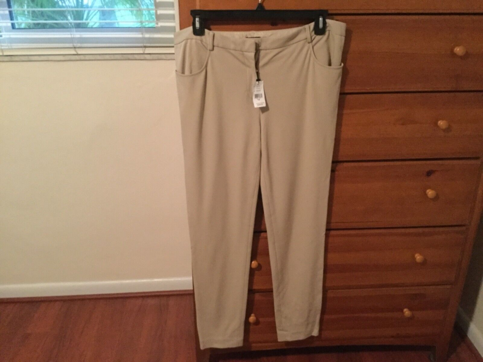 Magaschoni Collection Beige pants - size 14