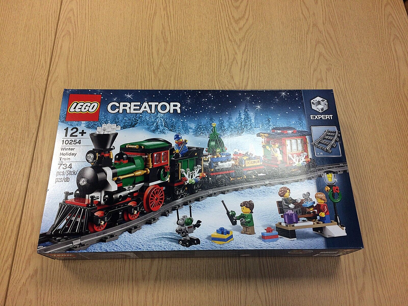 LEGO Creator 10254 Train de Noël 2017   new, factory-sealed & très bon état