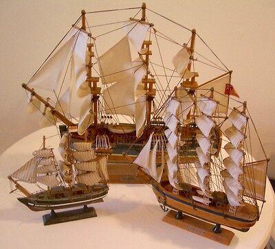 3 HERITAGE MINT Wooden SAILING SHIPs HMS Endeavor & FLYING Cloud MINT