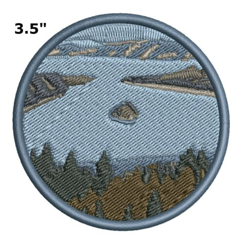 Lake Islands Fishing Embroidered Patch Iron-On Souvenir Travel Explore Nature